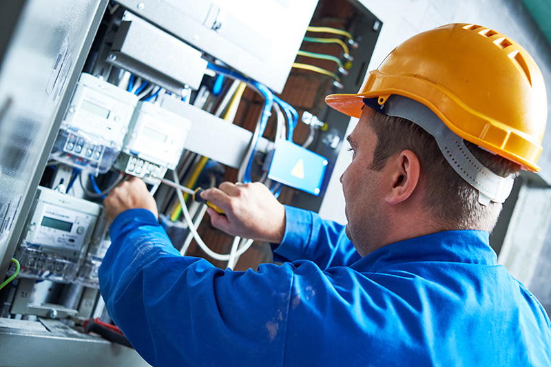 Become An Electrician in Oxford Oxfordshire